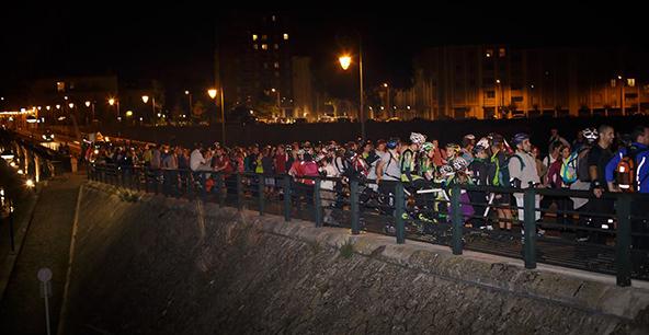Alors oui, là, on est tous à l'arrêt, et ce n'est donc pas très représentatif d'une Rando Roller... Mais c'était surtout pour vous montrer comme c'est beau Toulouse de nuit. © Magicyannick Yannick